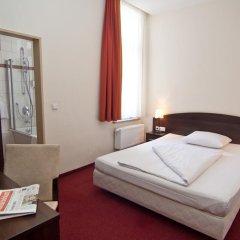 Novum Hotel Eleazar City Center 3* Стандартный номер двуспальная кровать фото 5