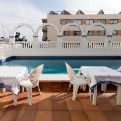 Отель Apartamentos Lux Mar Испания, Ивиса - отзывы, цены и фото номеров - забронировать отель Apartamentos Lux Mar онлайн балкон
