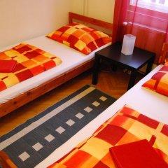 Boomerang Hostel and Apartments Стандартный номер с двуспальной кроватью (общая ванная комната) фото 4