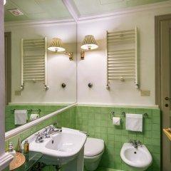 Отель Casa Howard Guest House Rome (Capo Le Case) 3* Номер Делюкс с различными типами кроватей фото 8