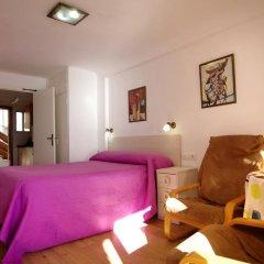 Отель Apartamentos Los Pinos комната для гостей фото 4
