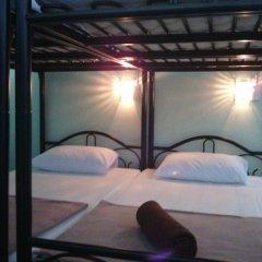 Baan Mook Anda Hostel Кровать в общем номере фото 4