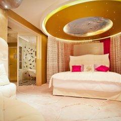 Seven Hotel Paris 4* Улучшенный люкс с различными типами кроватей фото 17