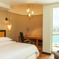 Sheraton Abu Dhabi Hotel & Resort 5* Стандартный номер с различными типами кроватей фото 4
