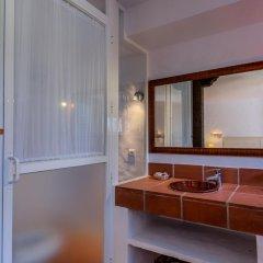 Отель Hacienda Roche Viejo Испания, Кониль-де-ла-Фронтера - отзывы, цены и фото номеров - забронировать отель Hacienda Roche Viejo онлайн ванная фото 2