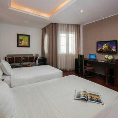 Quoc Hoa Premier Hotel 4* Номер Делюкс двуспальная кровать фото 4