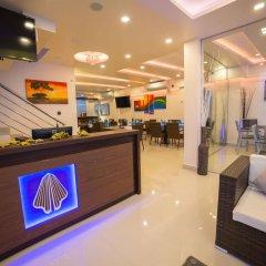 Отель The White Harp Beach Hotel Мальдивы, Мале - отзывы, цены и фото номеров - забронировать отель The White Harp Beach Hotel онлайн гостиничный бар