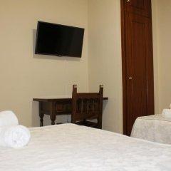 Отель Hostal San Roque Стандартный номер с двуспальной кроватью фото 8