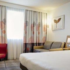 Отель Novotel Lyon Gerland Musée des Confluences 4* Улучшенный номер с различными типами кроватей фото 8