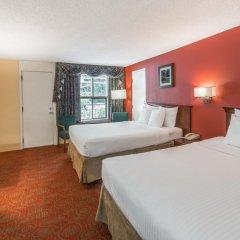 Отель Days Inn by Wyndham Gatlinburg On The River 2* Стандартный номер с 2 отдельными кроватями фото 4