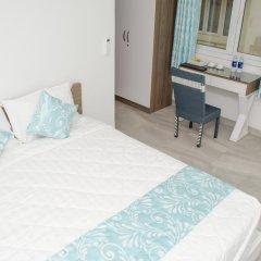 Отель LeBlanc Saigon 2* Номер Премьер с двуспальной кроватью фото 15