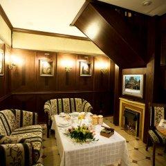 Гостиница Ermitage Hotel в Санкт-Петербурге 8 отзывов об отеле, цены и фото номеров - забронировать гостиницу Ermitage Hotel онлайн Санкт-Петербург вид на фасад
