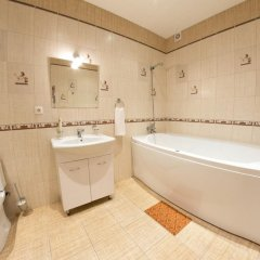 Гостиница Апарт-Отель Voyage Hall в Самаре отзывы, цены и фото номеров - забронировать гостиницу Апарт-Отель Voyage Hall онлайн Самара ванная фото 2
