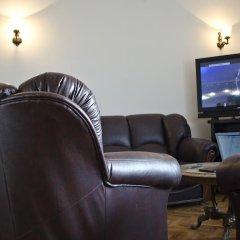 Отель Nikola's Guesthouse Нови Сад развлечения