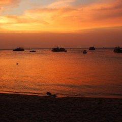 Отель Ocean View Villa Таиланд, Мэй-Хаад-Бэй - отзывы, цены и фото номеров - забронировать отель Ocean View Villa онлайн пляж фото 2