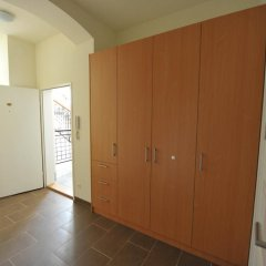 Апартаменты Debo Apartments Апартаменты с 2 отдельными кроватями фото 8