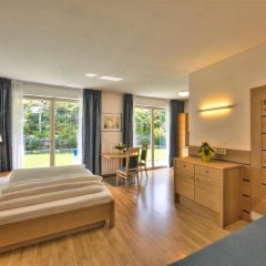 Отель Wellnesshotel Glanzhof 4* Стандартный номер фото 4