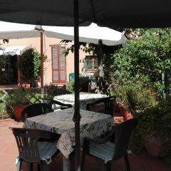 Отель B&b Al Giardino Di Alice 2* Стандартный номер фото 14