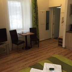 Отель Green City Residence Таллин в номере