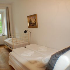 Апартаменты Kunsthaus Apartments Вена комната для гостей фото 3