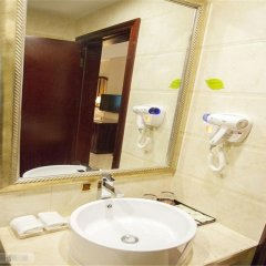 Vienna Hotel Shenzhen Shiyan Shilong Community Шэньчжэнь ванная