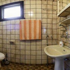 Отель Holiday home Kalina Болгария, Чепеларе - отзывы, цены и фото номеров - забронировать отель Holiday home Kalina онлайн ванная фото 2