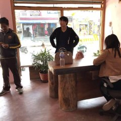 Отель Hanuman Hostel Непал, Покхара - отзывы, цены и фото номеров - забронировать отель Hanuman Hostel онлайн гостиничный бар