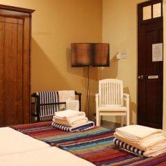 Отель Janishi Residencies 2* Стандартный номер с различными типами кроватей фото 9