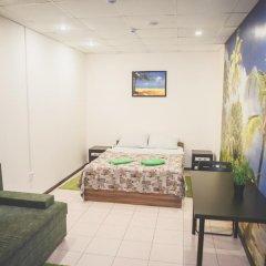 Мини-отель Столица Стандартный семейный номер двуспальная кровать фото 7