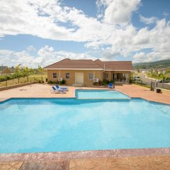 Отель Retreat Drax Hall Country Club Ямайка, Очо-Риос - отзывы, цены и фото номеров - забронировать отель Retreat Drax Hall Country Club онлайн бассейн
