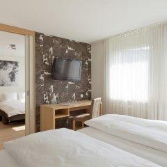 Hotel Alpenblick 3* Стандартный семейный номер с различными типами кроватей фото 3