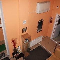 FreeDOM Mini Hotel сейф в номере