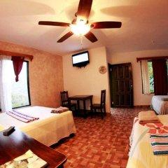 Отель Casa Doña Elena B&B Копан-Руинас комната для гостей