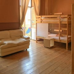 Ambiente Hostel & Rooms Кровать в общем номере с двухъярусной кроватью