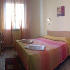 Hotel Carmen Viserba Стандартный номер двуспальная кровать фото 3