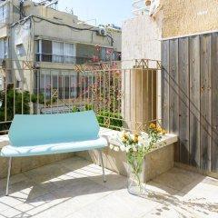 Апартаменты FeelHome Apartments - Eduard Bernstein Street балкон