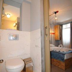 Отель Taksim Safe House 3* Стандартный номер с различными типами кроватей фото 13