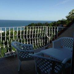 Отель Dacha Apartment Болгария, Генерал-Кантраджиево - отзывы, цены и фото номеров - забронировать отель Dacha Apartment онлайн балкон