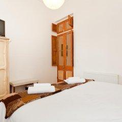 Отель Abracadabra B&B 3* Стандартный номер с двуспальной кроватью (общая ванная комната)