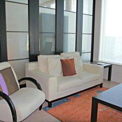 Отель Spacious Penthous @ 1010 Wilshire комната для гостей фото 5