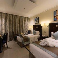 Отель Smana Al Raffa Дубай комната для гостей