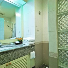 Отель Admiral Suites Sukhumvit 22 By Compass Hospitality 4* Улучшенная студия фото 4