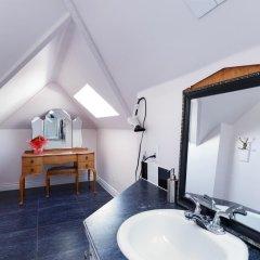 Отель Manor Guest House Канада, Ванкувер - 1 отзыв об отеле, цены и фото номеров - забронировать отель Manor Guest House онлайн ванная