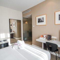 Отель Petit Palace Chueca 3* Стандартный номер с различными типами кроватей фото 6