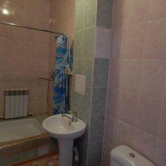 Гостиница Ностальжи в Уссурийске отзывы, цены и фото номеров - забронировать гостиницу Ностальжи онлайн Уссурийск ванная фото 2