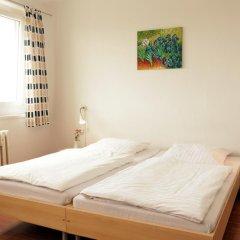 Отель a&o Dresden Hauptbahnhof 2* Стандартный номер с 2 отдельными кроватями фото 3