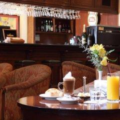 Hotel Colonial San Nicolas Сан-Николас-де-лос-Арройос гостиничный бар