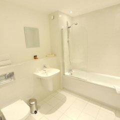 Отель PREMIER SUITES PLUS Glasgow George Square Великобритания, Глазго - отзывы, цены и фото номеров - забронировать отель PREMIER SUITES PLUS Glasgow George Square онлайн ванная фото 2