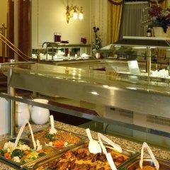 Отель Danubius Health Spa Resort Hvězda-Imperial-Neapol 4* Номер Делюкс с различными типами кроватей фото 7