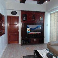 Отель La Mirada Residences Филиппины, Лапу-Лапу - отзывы, цены и фото номеров - забронировать отель La Mirada Residences онлайн гостиничный бар